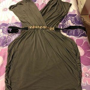 Dresses & Skirts - EUC Olive Wrap Front Dress
